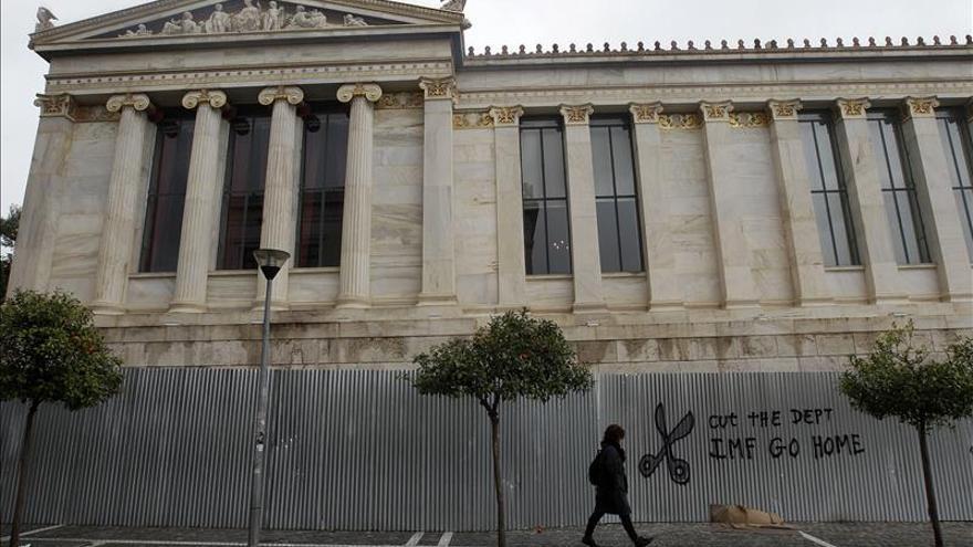 El FMI asegura que Grecia perdería el acceso a la  financiación si no paga sus deudas