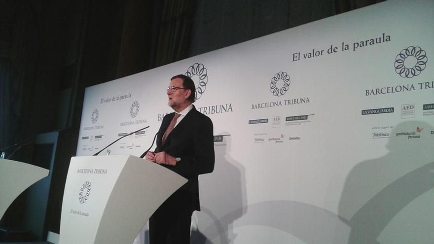 """Rajoy dice que """"habrá que hablar"""" sobre el """"problema"""" catalán y ofrece discutir un nuevo modelo de financiación"""