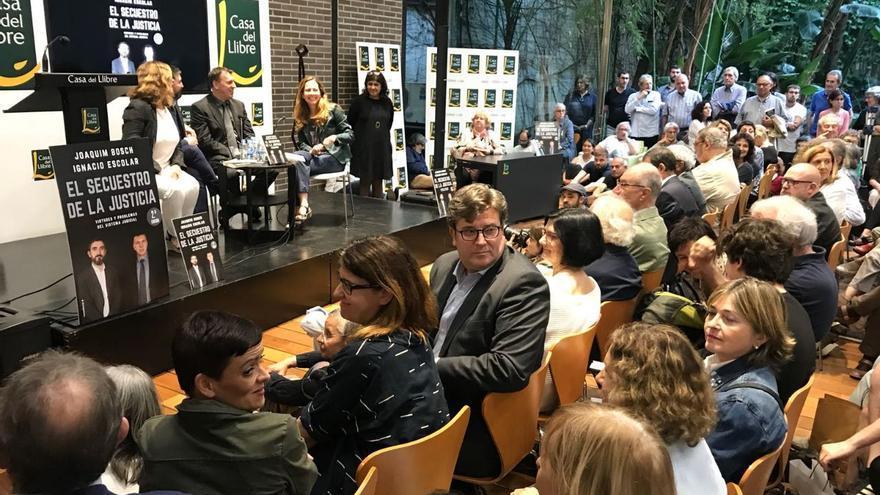 Presentación en Barcelona de 'El secuestro de la Justicia'