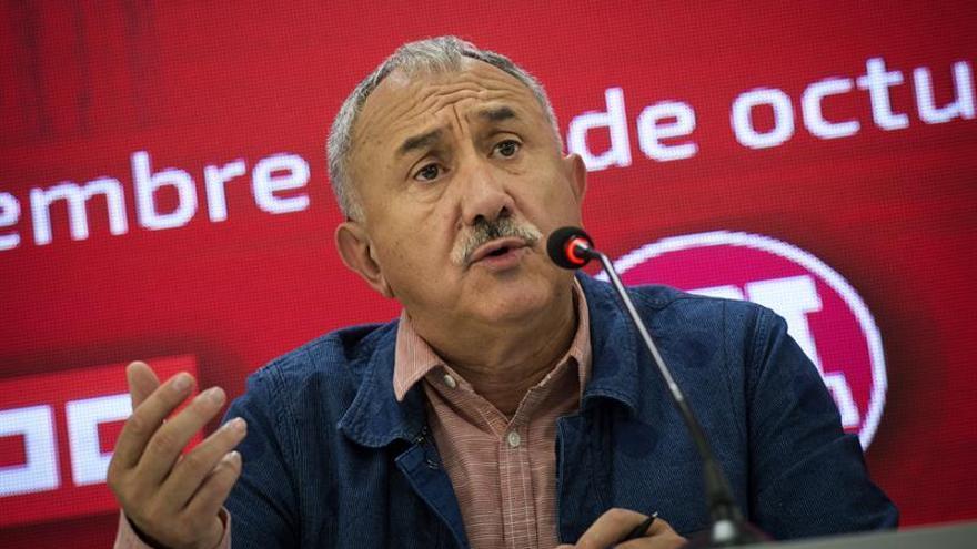 Álvarez (UGT) apela al diálogo en Cataluña, aunque es escéptico