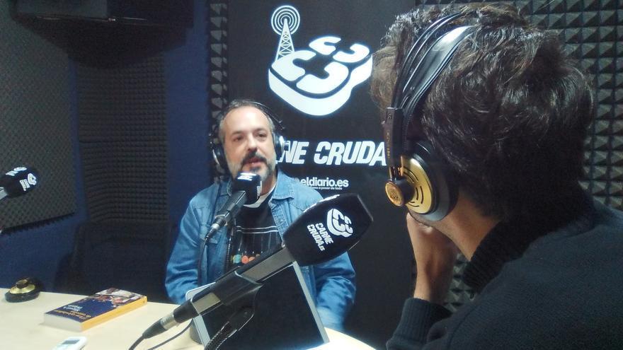 Miguel A. Delgado, periodista y divulgador científico en Carne Cruda