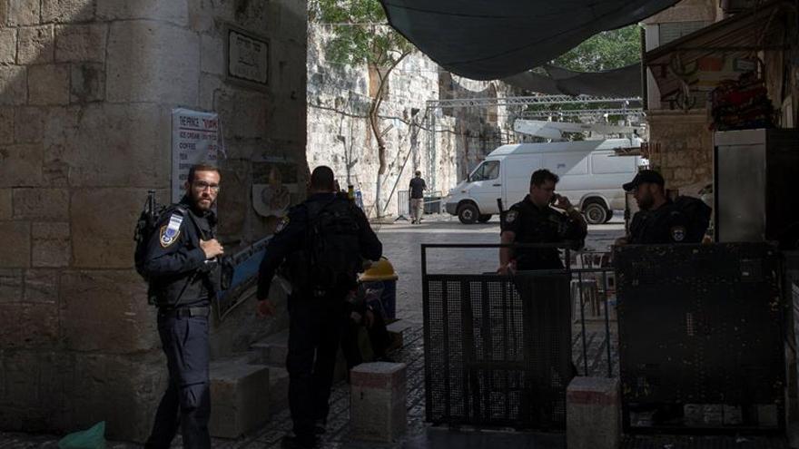 """España condena la espiral de violencia en Jerusalén y llama a la """"contención"""""""