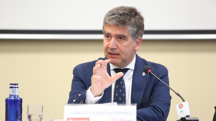 Cosidó pospone hablar de su futuro hasta hablar la próxima semana con el nuevo ministro de Interior