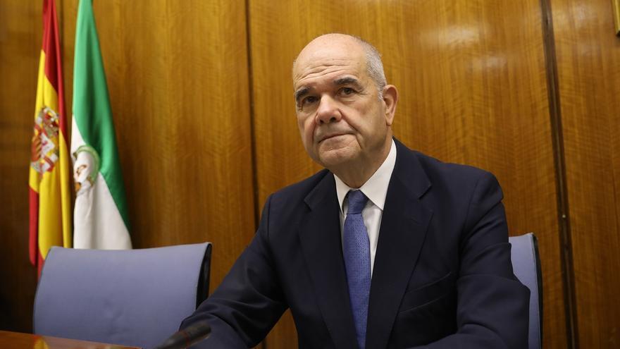 Chaves comparece ante la comisión de la Faffe a la que no acudirán Griñán, Susana Díaz ni Montero