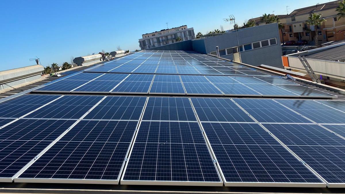 Placas solares instaladas en el proyecto de Albalat.