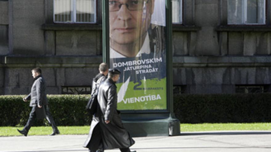 Cartel de las elecciones en Letonia