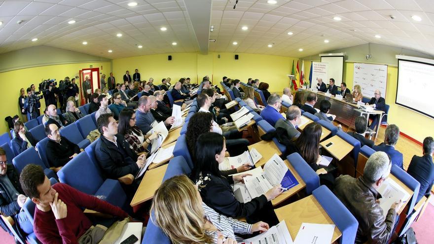 El Gobierno pone a disposición de las empresas de Cantabria más de 76 millones en ayudas