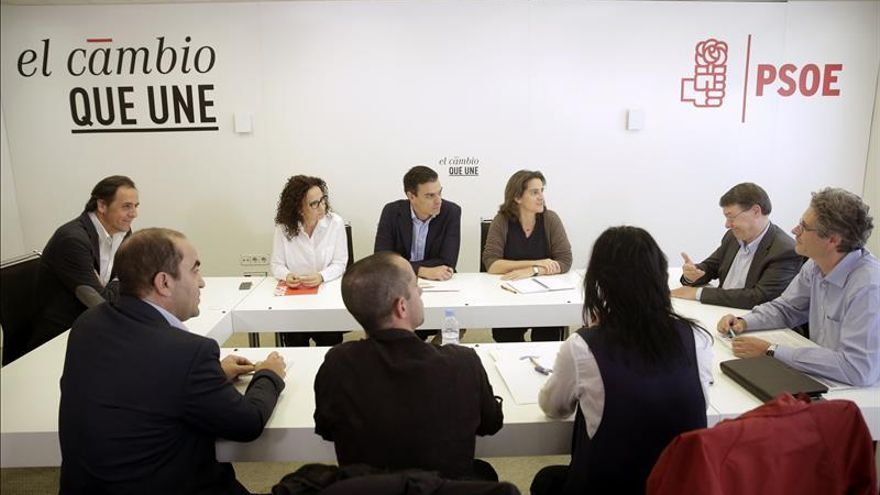 Sánchez: Los que provocaron esta crisis no pueden gobernar España ni Cataluña