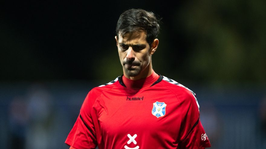 Dani Hernández volverá a defender este miércoles la portería del CD Tenerife.
