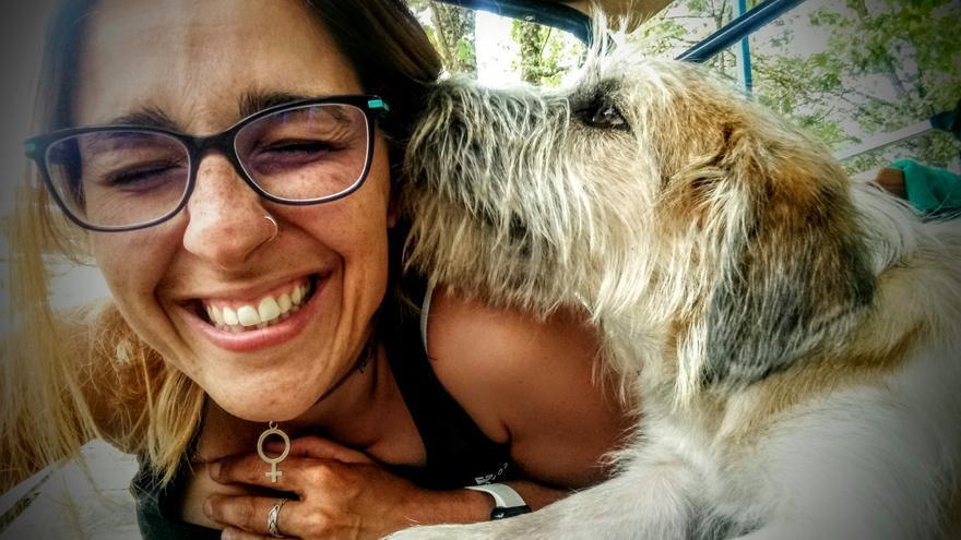 """Perros que """"echan una pata"""" para ayudar a mujeres víctimas de violencia machista"""