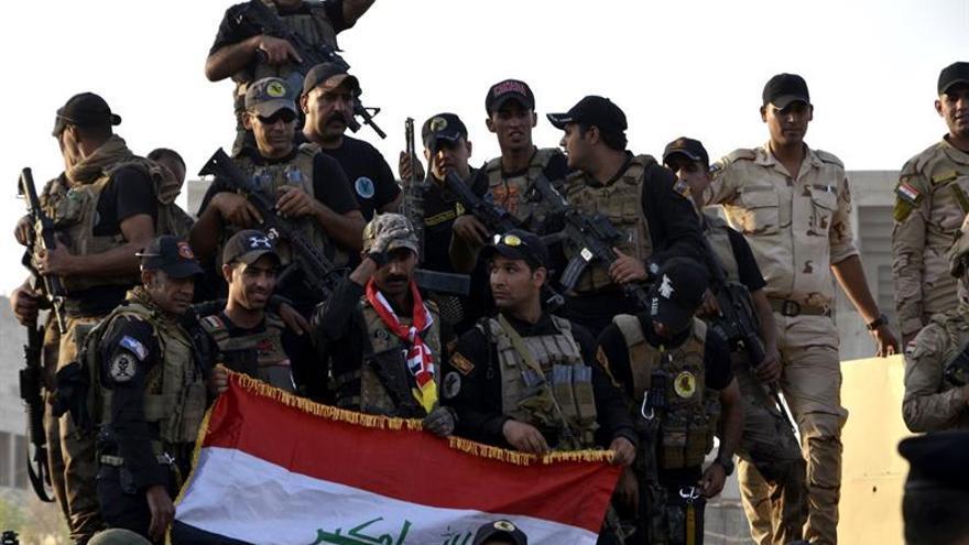Civiles de Mosul luchan por recuperar sus vidas a pesar de la destrucción
