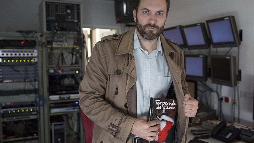 La novela negra de Marcos García es hija del Canal 9 más convulso