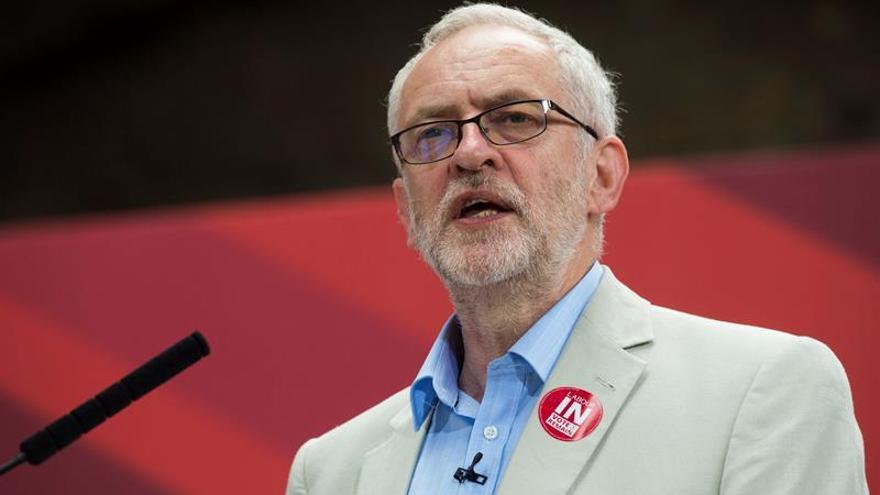 Corbyn defiende su gestión como líder laborista y llama a la unidad