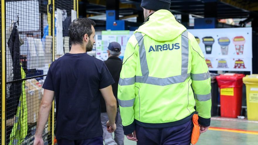 Concentraciones y paros contra la reestructuración de Airbus este viernes en los centros de trabajo de Andalucía