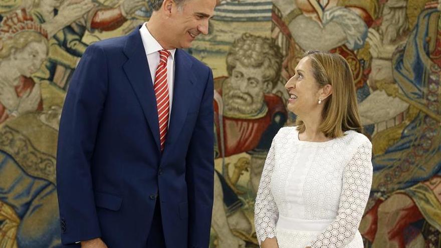 """Pastor dará """"un tiempo"""" a Rajoy para que busque apoyos a su investidura"""