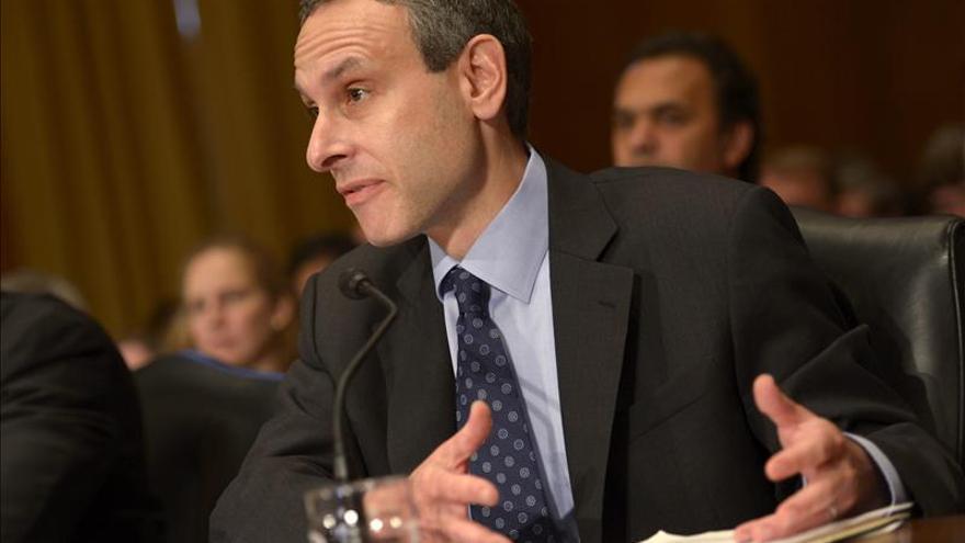 """Lew critica la conducta del IRS y subraya que su labor debe ser """"intachable"""""""