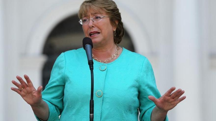 Bachelet anuncia la composición de su gabinete, que incluye a los comunistas