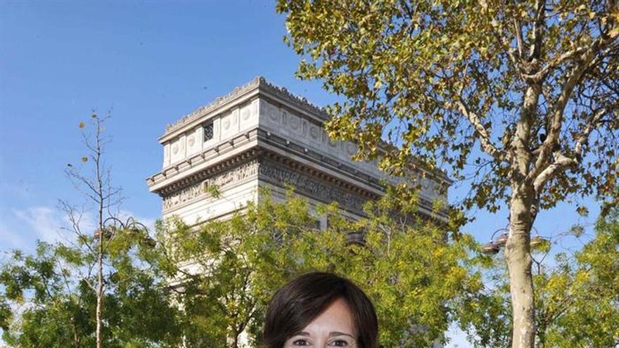 La actriz Laetitia Colombani explora la libertad que ofrece la literatura