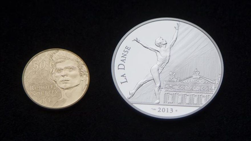 El euro sube en la apertura hasta 1,2539 dólares en Fráncfort