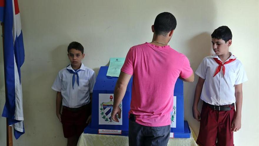 Cuba comienza votaciones sobre referendo de la nueva Constitución