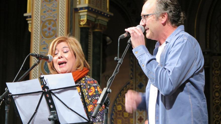 Trompa i Fil van actuar a la Beneficència en la presentació del CD  'El Nadal del poble'