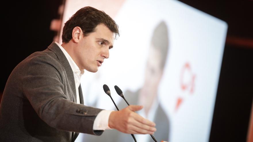 """Rivera pide """"limpiar"""" la imagen de Valencia: """"No merece ser noticia por implicación de Camps en la caja B del PP"""""""