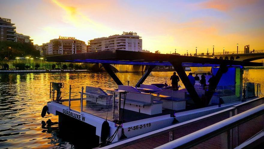 Barcos de la empresa Guadaluxe