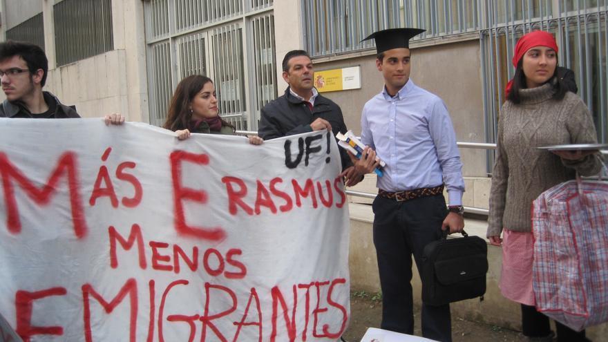 Protesta en noviembre de estudiantes y profesores por los recortes en las becas Erasmus