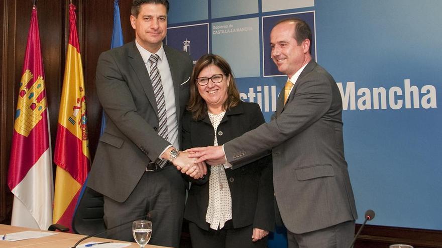 Firma del convenio para el segundo Centro de Salud de Azuqueca de Henares