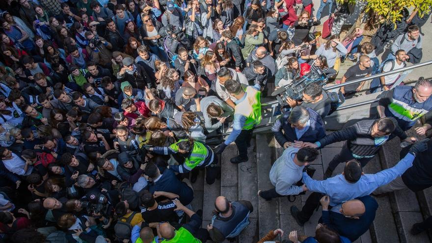 """Arrimadas condena el """"intolerable"""" boicot a un acto de S'Ha Acabat en la Universidad Autónoma de Barcelona"""