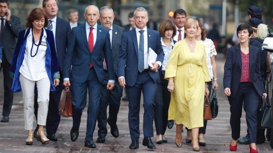 """Urkullu advierte de que los comicios son un """"paso atrás"""" para la agenda vasca"""