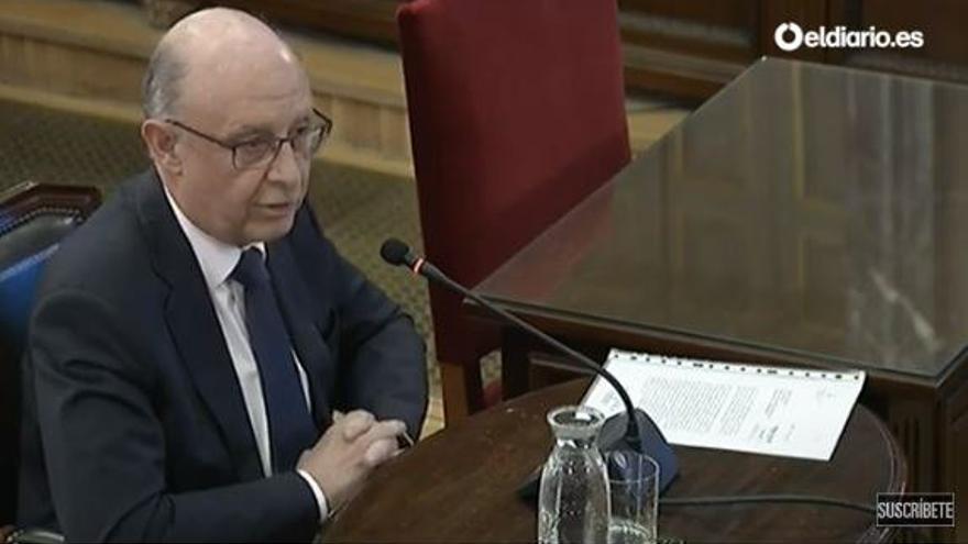 Cristóbal Montoro, declarando como testigo en el juicio del procés