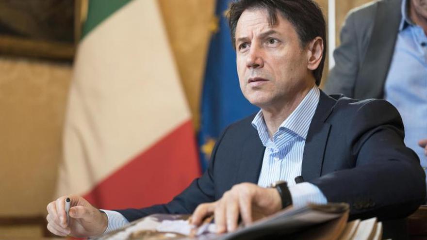 Conte pone como fecha límite el miércoles para formar nuevo Gobierno italiano