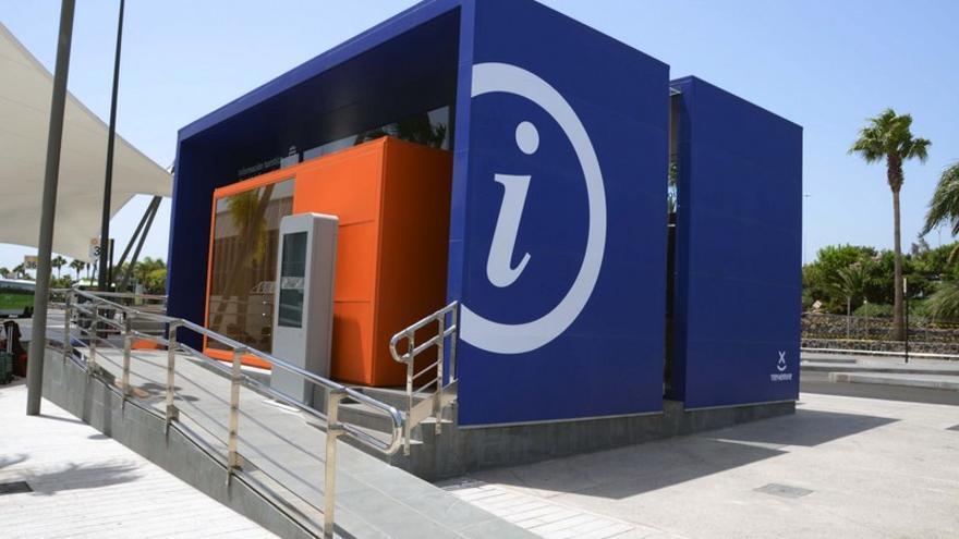 Las oficinas de turismo de tenerife atendieron a for Oficina de turismo de tenerife