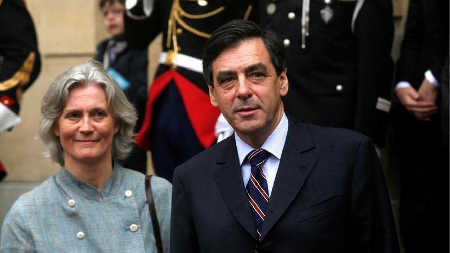 La mujer de Fillon dijo en 2007 que nunca había sido asistente de su marido