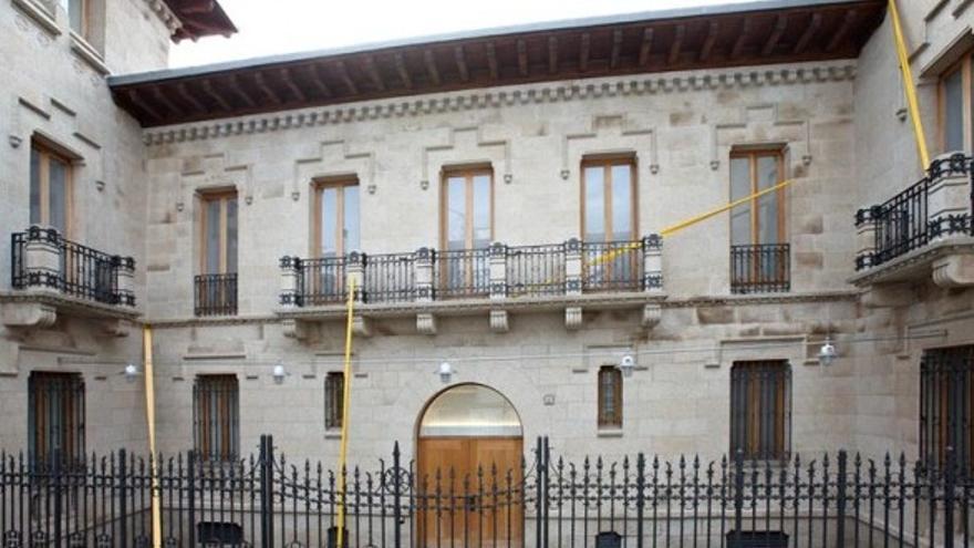 El Centro de Artes Visuales Fundación Helga de Alvear / http://fundacionhelgadealvear.es/
