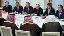 Arabia Saudí pretende abrir el grifo del petróleo para controlar el aumento de los precios