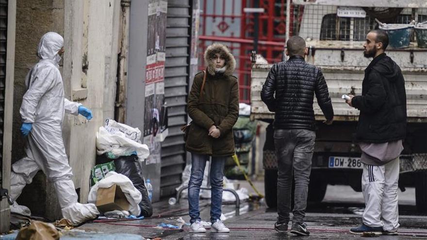 La Asamblea Nacional francesa prolonga tres meses el estado de emergencia y lo refuerza