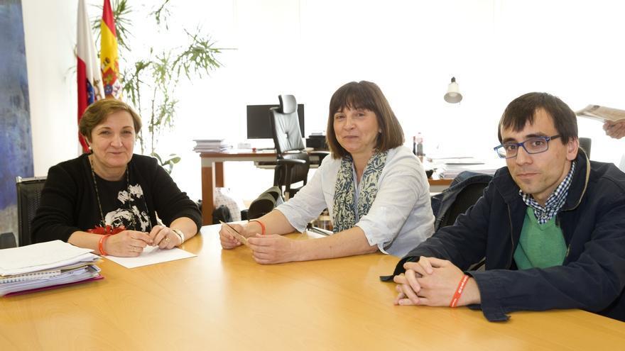 Cinco cántabros con esclerosis múltiple celebrarán el Día Internacional de la enfermedad volando en parapente