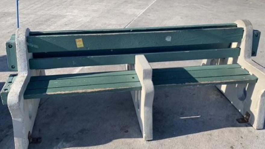 Obstáculos para las personas sin techo en Los Ángeles (EEUU)