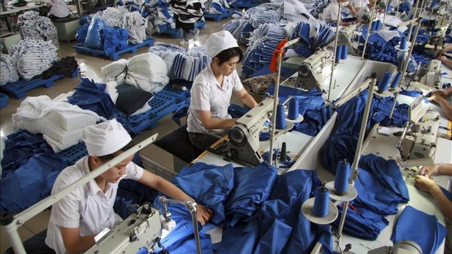 El crecimiento de China no debería bajar del 6,5 % de 2016 a 2020, dice Xi