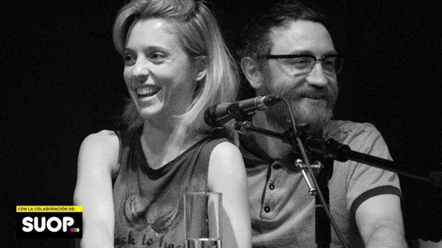 Leticia Dolera y Manuel Burque, coprotagonistas de 'Requisitos para ser una persona normal' y cousuarios de la silla de entrevistados en 'Lo de las noticias'