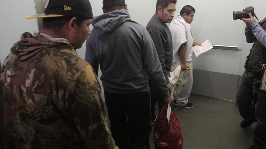 El Supremo de EEUU limita los derechos de los inmigrantes en centros de detención