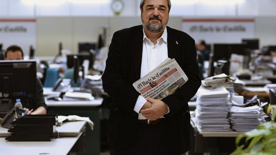 Director de El Norte de Castilla pide liderazgo y solidez a prensa nacional