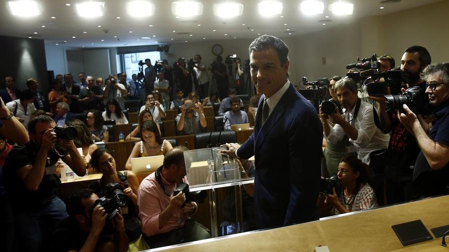 El PSOE cae 6 puntos tras la dimisión de Pedro Sánchez y es superado por Podemos