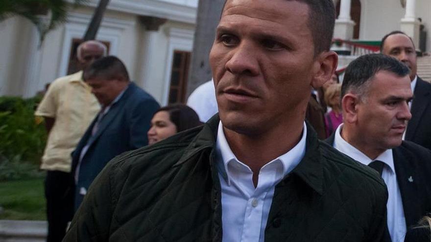 Diputado venezolano Caro inicia huelga de hambre tras ocho meses en prisión
