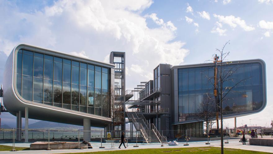 El edificio del Centro Botín se abrirá el 23 de junio. | JESÚS HERMOSA