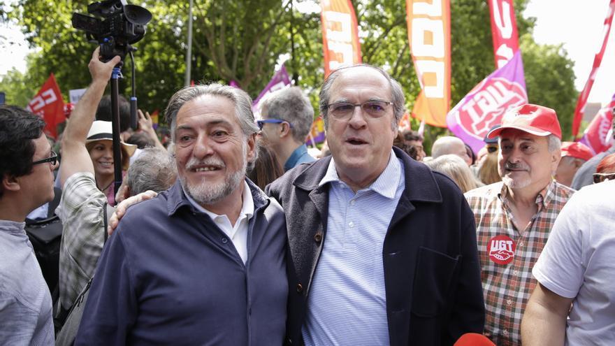 Pepu Hernández y Ángel Gabilondo, entre los asistentes a la manifestación del Primero de Mayo