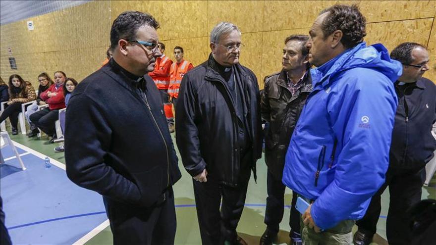 """El alcalde dice que el accidente del autobús es un """"golpe brutal"""" para Bullas"""