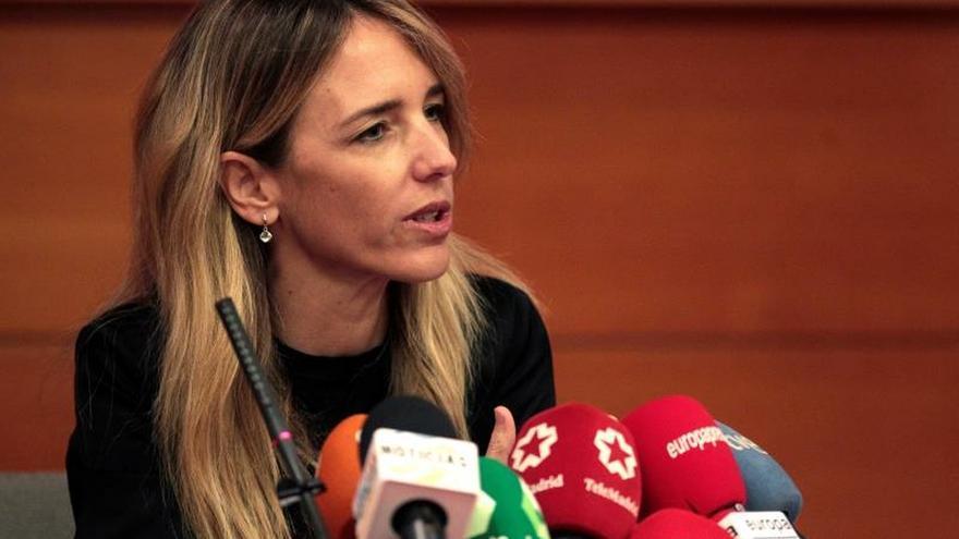 """Álvarez de Toledo: la investidura, el 4 de enero y """"contra los cuatro Reyes"""""""
